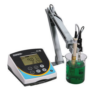 Oakton pH/Con 700 Benchtop Meter with pH Electrode, Conductivity/Temp Probe, and Electrode Stand, 110/220 VAC, 50/60 Hz - WD-35413-00