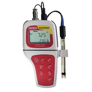 Oakton pH 300 Portable Waterproof pH/mV Meter with All-in-One pH/Temperature Probe - WD-35618-03