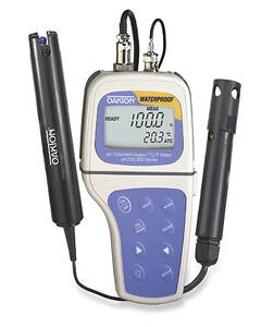 Oakton pH/DO 300 Portable Waterproof pH/Dissolved Oxygen/°C/°F Meter with Electrode & Probe, with NIST Traceable Certificate of Calibration - WD-35632-03