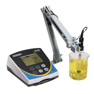 Oakton Ion 700 Meter with Double-junction Glass, Refillable pH Electrode, ATC Probe, and Stand, 110/220 VAC 50/60 Hz - WD-35419-20