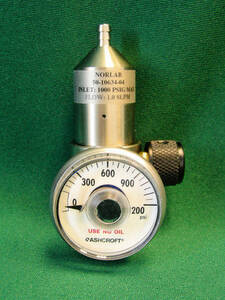 Regulator 0.5 LPM (17 / 34 Liter)