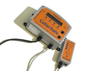 Crowcon CellarSafe 110V with Oxygen Sensor and Battery - USA 2-Pin Plug