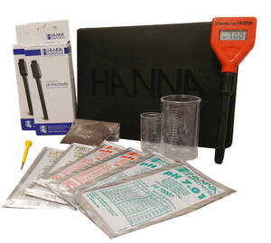 Hanna Lab in a Box- Educational Soil pH Test Kit for Teachers and Students - HI98103TK
