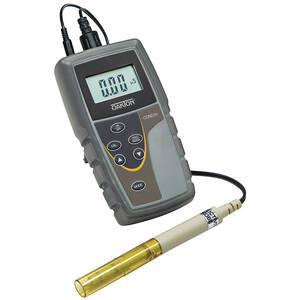 Oakton CON 6+ Handheld Conductivity Meter Kit, -10 to 110°C Temperature Range and 0 to 20.00, 0 to 200.0, 0 to 2000 µS - WD-35604-04