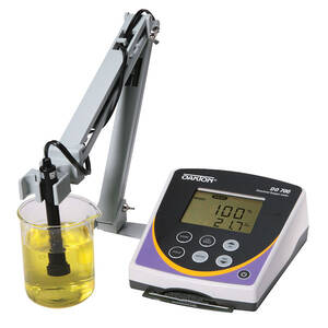 Oakton DO 700 Meter with Probe and Probe Stand, with NIST Traceable Certificate of Calibration - WD-35415-01