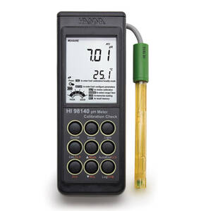 Hanna Portable pH Meter with SMART Electrode - HI98140